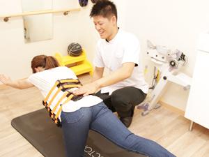 豊川いろどり接骨院のトレーニング写真